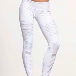 NWT ALO Yoga Moto Legging XS in white